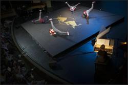 バッハの音楽が目に見える!RED BULL FLYING BACH ワールド・ツアー初の日本公演、9月1日よりチケット先行販売