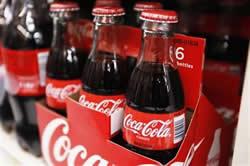 米コカ・コーラ、モンスター・ビバレッジと買収交渉